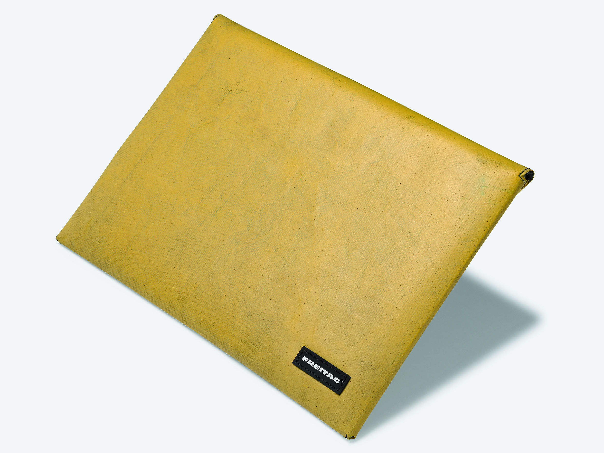 Freitag Macbook Air Sleeve [REVIEW]